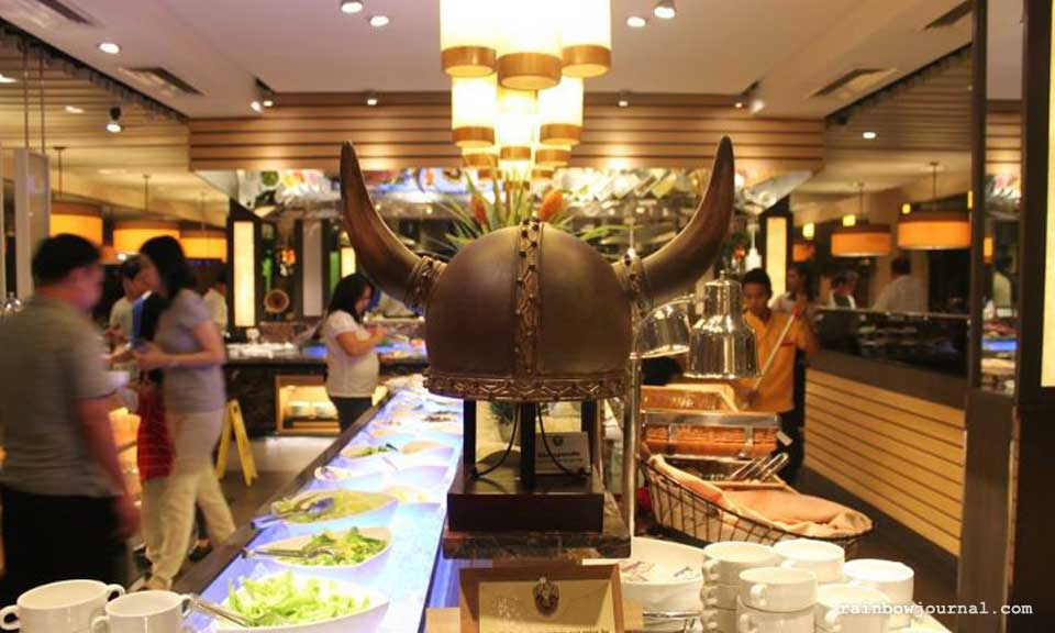 Centerpiece at Vikings Buffet at Mall of Asia (MOA)